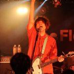 The Floor (ザ フロア) のバンドとメンバーを紹介! ギターボーカル、ササキハヤトの誕生日や年齢、身長、出身大学、彼女についても調べてみた!